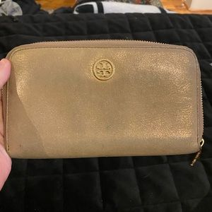 Authentic Tory Burch 'Robinson' Zip Wallet